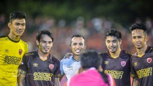 Irfan Jaya Sampaikan Pesan Untuk Suporter