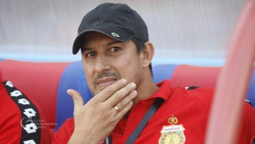 Alfredo Vera Bersyukur Dapat Tiga Poin di Padang