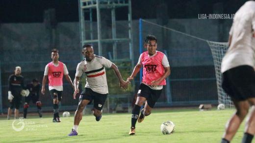 Madura United Benahi Permainan Lewat Games Internal
