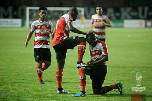 Madura United Pesta Golsaat Lawan Perseru