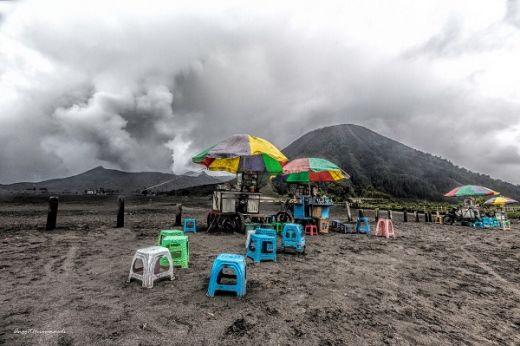 BNPB: Meski Terus Erupsi, Gunung Bromo Tetap Aman dan Menawan Untuk Dikunjungi