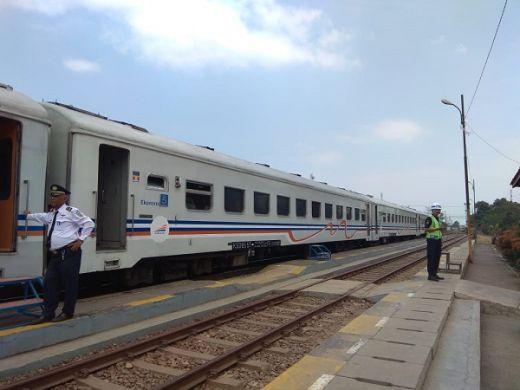 Meski Tarif Kereta Api Jakarta-Surabaya Dijual Rp1,5 Juta Selama Mudik, Tiket Tetap Ludes