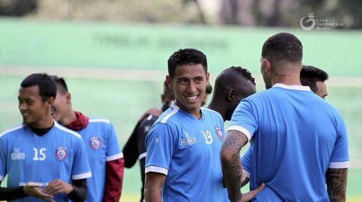 Arema FC Tak Diuntungkan Status Pengungsi Borneo FC