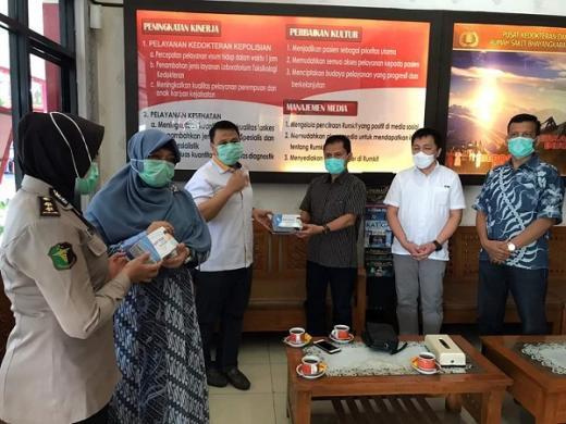 Spirit Ramadan, Anis Byarwati Gelontorkan Rp741 Juta ke Warga Terdampak Covid-19