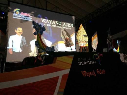 Wayang Ajen Serukan Go Digital di Festival Pasar Terapung 2016