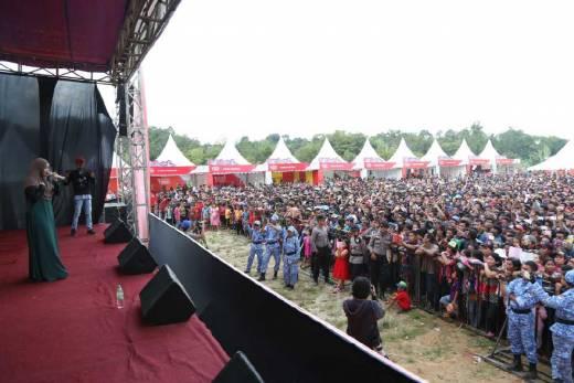 Festival Cross Border Sambas 2016 Makin Mengimbas