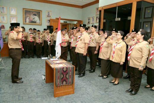 Adhyaksa Dault Lantik Kepala Pusdiklatnas Pramuka, Penyanyi Dina Mariana Jadi Andalan Nasional Gerakan Pramuka