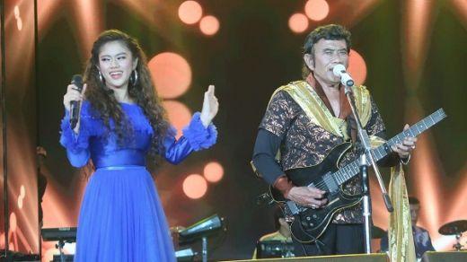 Anugerah Dangdut Indonesia Sukses Goyang Karawang