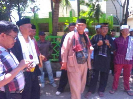 Waduh..., Jawara Bekasi Tantang GMBI Duel di Alun-alun