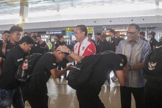 Ketum PSSI Melepas Timnas U19 TC di Thailand