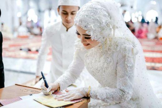 RUU Ketahanan Keluarga: Suami Istri Wajib Saling Cinta