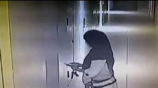 Oalah.., Suami Pergoki Istrinya yang PNS Hanya Pakai Handuk di Kamar Hotel Bersama Pria Lain, Geram Videonya Diunggah ke Youtube