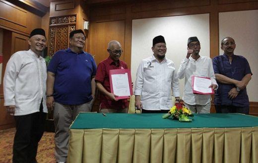 Gandeng Persija Jakarta, Travel Umroh Autamaras Siap Berangkatkan Pemain ke Tanah Suci