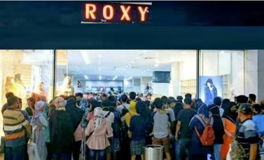 Pengunjung Roxy Square Membeludak, NU: Masjid Dibatasi, Kok Mal Dibebaskan