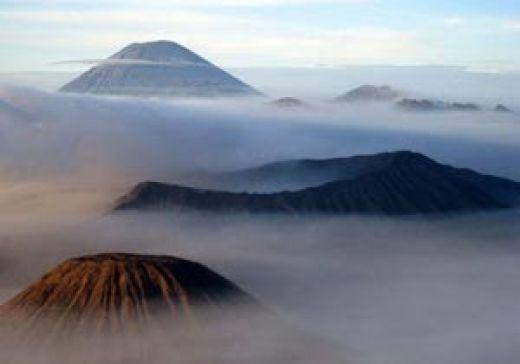Goriau Bagaimana Pesona Gunung Bromo Hingga Erupsinya Jadi