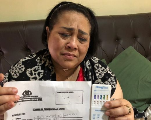 Ngaku Sudah 5 Bulan Pakai Sabu, Nunung Berdalih Demi Stamina