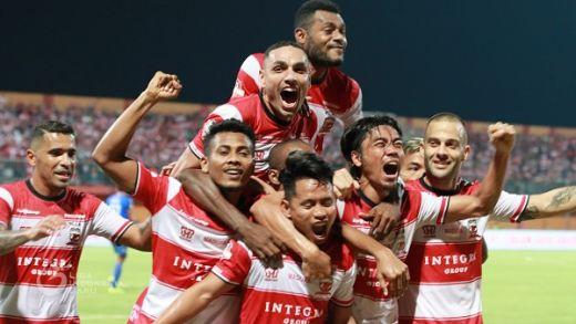 Madura United Bangkit Libas Arema FC