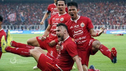 Persija Jamu Kalteng Putra di Stadion Madya Senayan