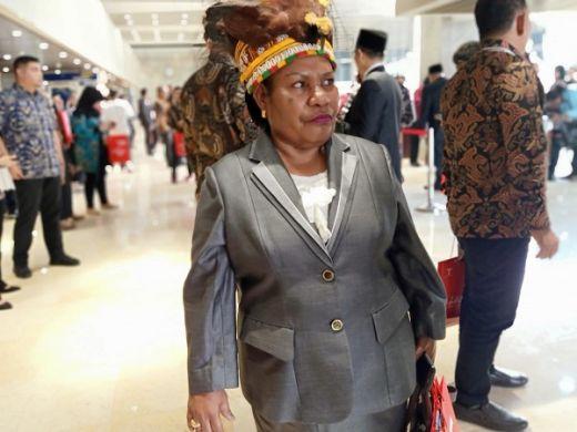 Hadir ke Pelantikan, Helena Ingin Jokowi - Maruf ke Mimika Papua