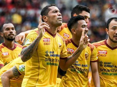 Beto Isi Lini Serang Madura United FC