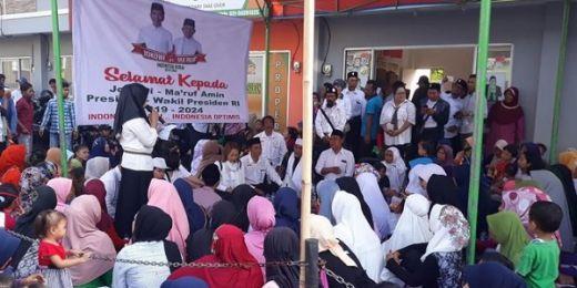 Rayakan Kemenangan, Relawan Jokowi di Tangerang Gelar Syukuran dengan Potong Tumpeng