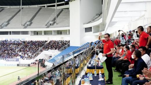 Iwan Bule Ucapkan Selamat Hari Jadi PSMS Dan Barito Putera