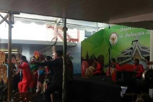 Rampak Gendang Calon Awak Bima Suci Meriahkan Bazar SolidaRiau 2017 di Spanyol