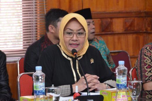 Kunker Spesifik, DPR Persiapkan Kerjasama Kampus-BPJH soal Sosialisasi Sertifikat Halal