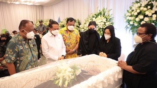 Klemen Tinal Wafat, Menpora Amali Merasa Kehilangan dan Sampaikan Duka Cita Mendalam