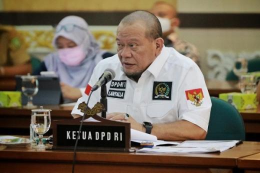 Ketua DPD Dukung Pembangunan Stadion Marahadin