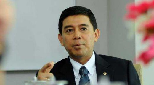 Menteri Yuddy Pastikan Tak Ada Kue Lebaran dan Open House di Kantornya