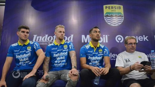 Persib Bandung Perkenalkan Tiga Pemain Asing