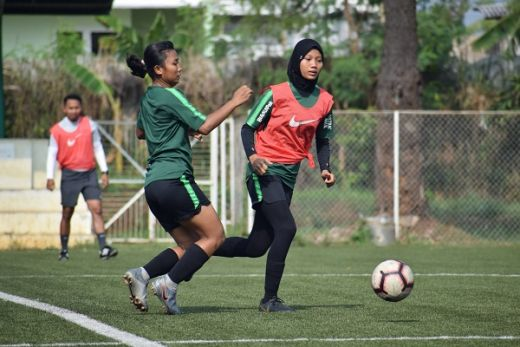 Rully Nere Tetapkan 20 Pemain Timnas Putri Indonesia