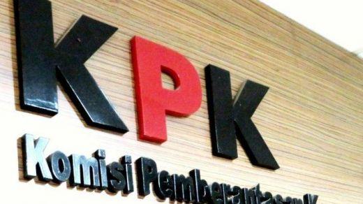 KPK Tak Berdaya Hadapi PDIP