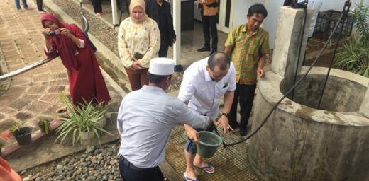 Napak Tilas ke Bengkulu, LaNyalla Sempatkan Diri Salat Zuhur di Rumah Pengasingan Soekarno
