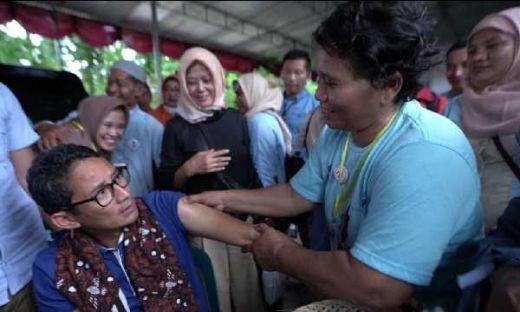 Ngeluh Tak Ada Modal Promosi Minyak Urut, Ibu Yani Ditawari Sandi Gabung OK OCE