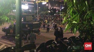 Korban Kerusuhan Berjatuhan, Sebagian Dibawa ke Gedung Bawaslu