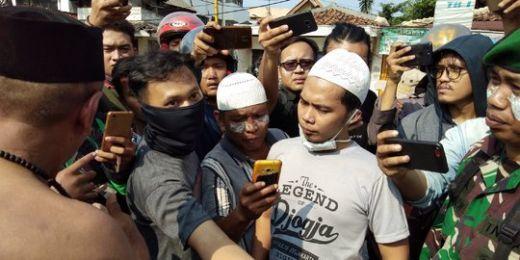 Adem, Begini Cara TNI Negosiasi Minta Kerumunan Warga Mundur di Ks Tubun