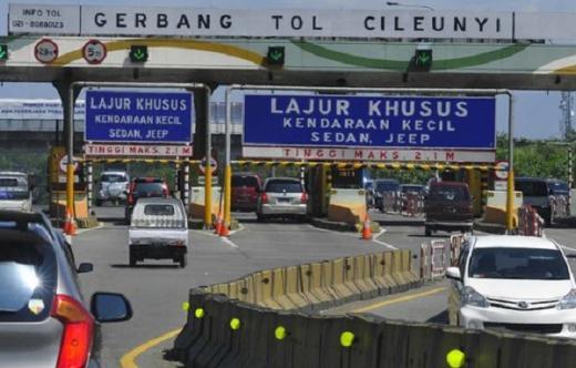 Arus Kendaraan di Tol Cileunyi Meningkat Jelang Lebaran