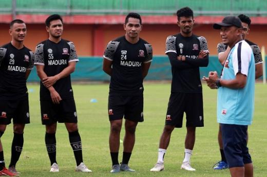 Rahmad Darmawan Tingkatkan Intensitas Latihan Madura United FC