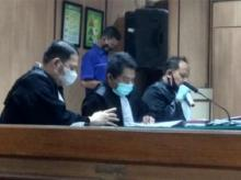 Tolak Pleidoi, Jaksa Tetap Tuntut 2 Polisi Peneror Novel Satu Tahun Penjara
