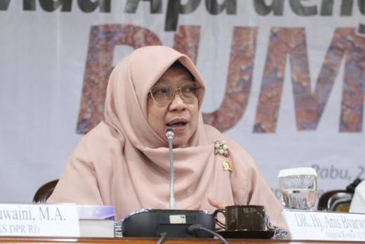 PKS: Pembentukan Tim Pemulihan Ekonomi Nasional Belum Urgen