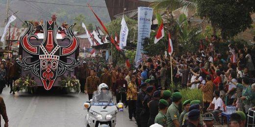 Menpar Arief: Karnaval Kemerdekaan Pesona Danau Toba 2016, Paling Wow Sepanjang Sejarah