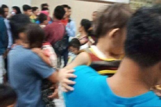 Sempat Mencekam, Begini Detik-detik Evakuasi Warga Pasca Penusukan Bapak dan Anak