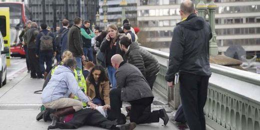 Serang Polisi, Pelaku Teror London Ditembak dan Tersungkur di Jalan Berbatu