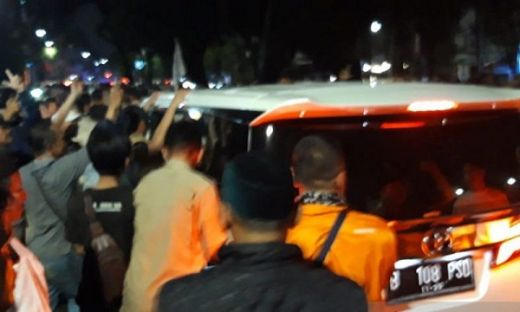 Prabowo Langsung Jenguk Korban Aksi 22 Mei di Rumah Sakit Menteng