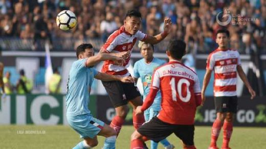 Laga Derby Jawa Timur Berakhir Imbang