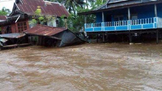 Banjir Mulai Surut, 10 Kabupaten di Sulsel Juga Diterjang Longsor dan Puting Beliung