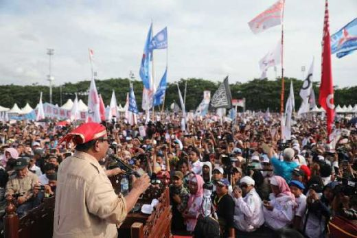 Di Makassar, Prabowo: Tim Kami Mampu Turunkan Harga Listrik 100 Hari Setelah Dilantik