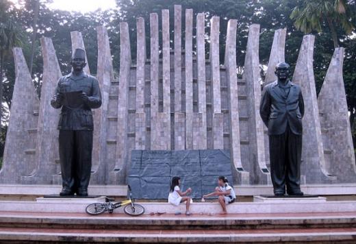 Hidayat Nur Wahid Minta Pelajaran Sejarah dan Agama Tidak Dihapus